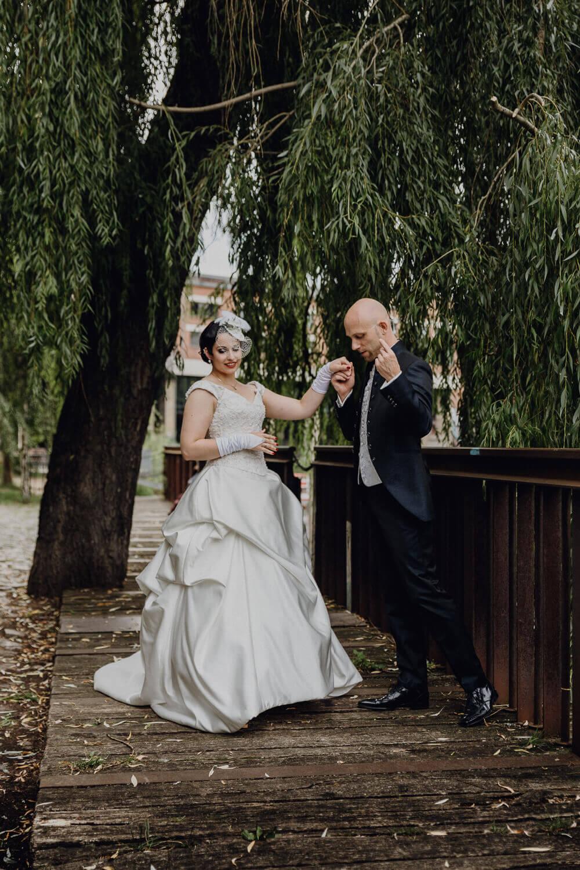 Hochzeitspaar am Karl-Heine Kanal Leipzig